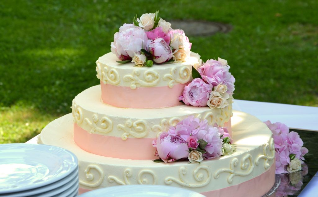 wedding cake 639516 1024x634